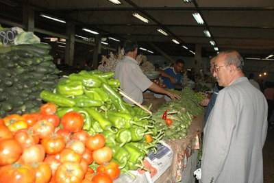 Vegetable market in Algiers.