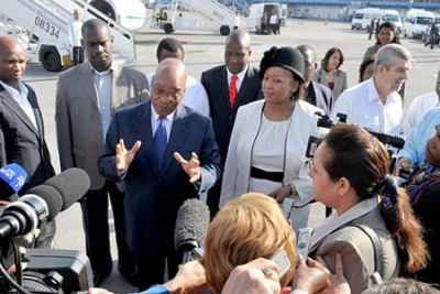 The press gathered at the Jose Marti International Airport in Havana to meet President Jacob Zuma