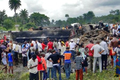 Crashed petrol tanker in Rivers State.