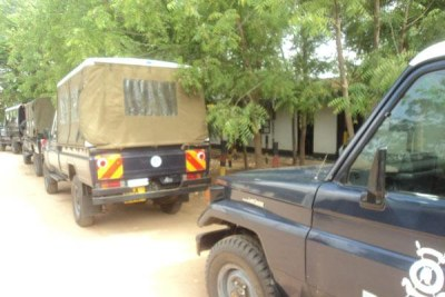 Police cars in Garissa (file photo).