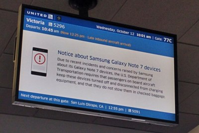 A warning notice at an airport about Samsung Galaxy Note 7 phones.
