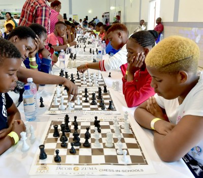 South African President Zuma Takes on Chess Whiz, Loses