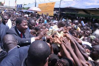 Le president Boni Yayi a Ouidah Benin - Malaria day in Ouidah (October 2007)