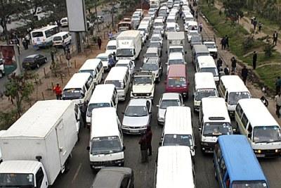 Si les décideurs locaux (maires ou administrateurs de ville) arrivent à convertir leur parole en action, et à transformer le transport urbain en commun rapide, la plupart des résidants de Nairobi laisseront leurs voitures à la maison.