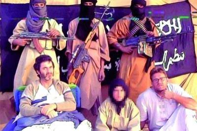 Abou Zeid est soupçonné d'être responsable de l'enlèvement en 2010 de cinq Français, un Malgache et un Togolais dans le nord du Niger.