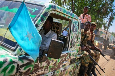 A pickup truck carrying soldiers of the Somali National Army.