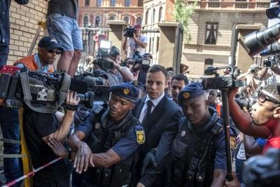 Oscar Pistorius arrivant à son procès en Octobre 2014.