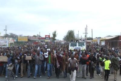 La tragédie de Marakan est commémorée, à l'initiative de l'AMCU, syndicat dissident des mineurs sud-africains.