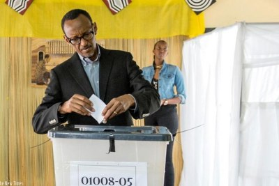 President Kagame casting his vote at a past election.