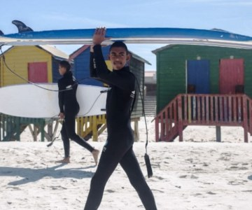 Surfing Helps South African Youth at Risk
