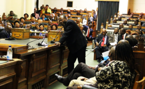 MPs Debate Execution By Firing Squad in Zimbabwe