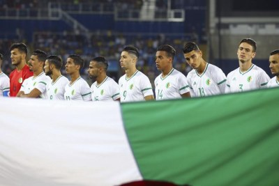 L'équipe d'Algérie des moins de 23 ans lors du match face à l'Argentine, aux JO 2016.
