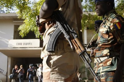 Soldats tchadiens.