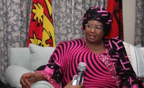 Mandat d'arrêt lancé contre l'ex-présidente Joyce Banda au Malawi