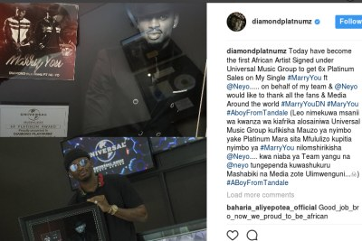 "Diamond Platnumz has won the Universal 6X Platinum Award. He is the first African artist signed under Universal Music Group to get 6x Platinum sales on his music single ""Marry you."""