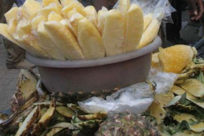 Sliced pineapples after being peeled on sale in Nairobi.