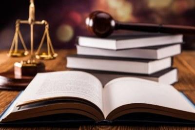 Code pénal et éléments symboles de justice