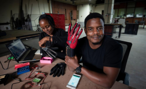 Kenyan Invents Gloves That Translate Sign Language to Speech