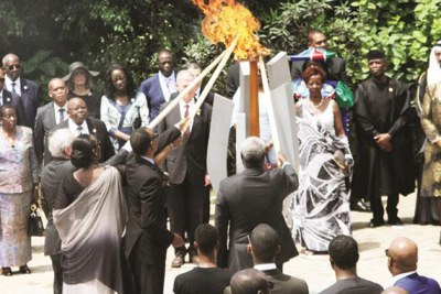 Rwandan President Paul Kagame lights a flame to mark the International Day of Reflections on the Genocide in Rwanda (file photo).