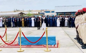 Mourning as Somali Mayor Laid to Rest