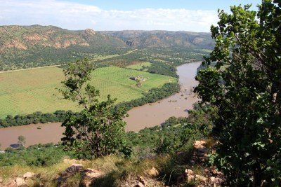 A view of the Vaal River from Aasvoelkop (file photo).