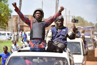 Bobi wine en pleine campagne en Ouganda
