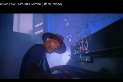 Soul Jah Love in his last music video Simudza Gumbo.