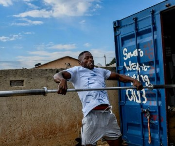South African Youth Weightlifters Lifting Their Dreams